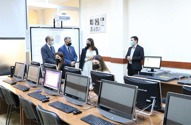 Azərbaycan Universitetində yeni laboratoriya açılıb
