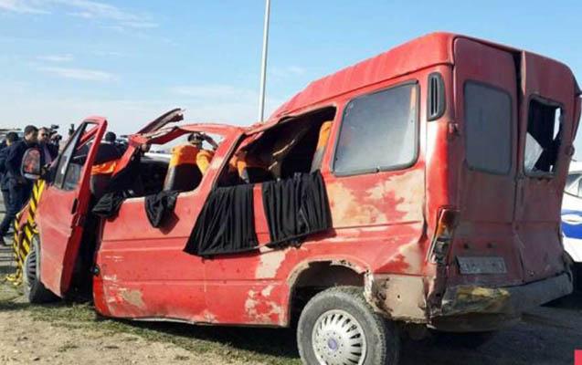 """Kürdəmirdə mikroavtobusla """"KAMaz"""" toqquşub"""