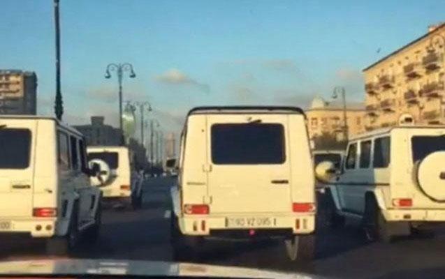 """Polis toy karvanındakı """"Gelandewagen""""ləri axtarır"""