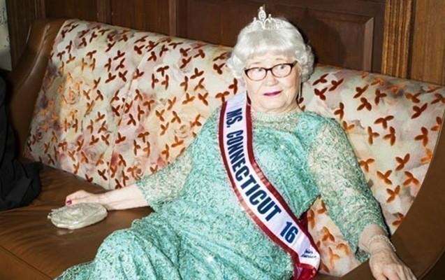 91 yaşında gözəllik kraliçası seçildi