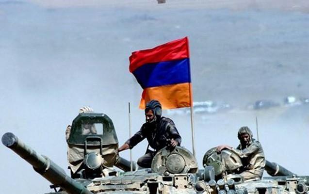 """Ermənistanda """"dedovşina"""" halları artır"""