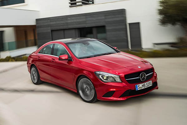 """""""Mercedes-Benz"""" bu maşınları geri çağırır"""