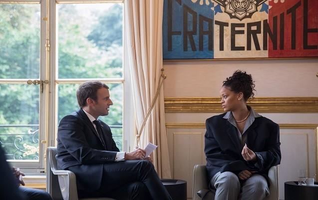 Rihanna Makronla görüşdü