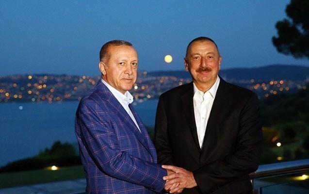 Ərdoğanı ilk təbrik edən Azərbaycan prezidenti oldu